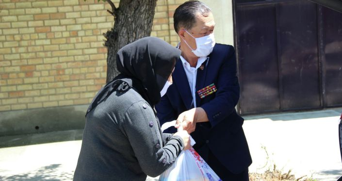 Сотрудники ГУВД города Ош оказали помощь семьям погибших милиционеров на службе