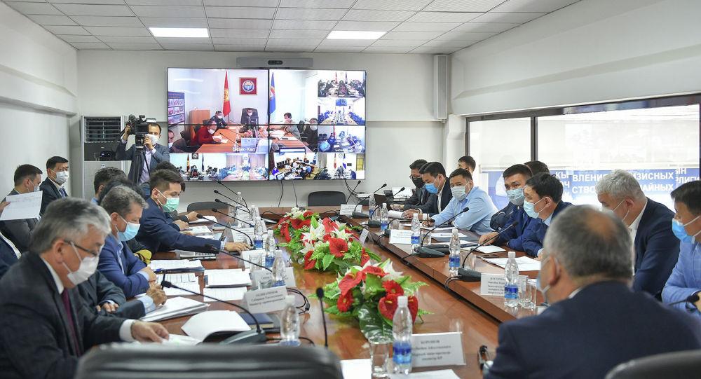 Республикалык ыкчам штабдын жыйынында биринчи вице-премьер Кубатбек Боронов