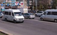 Вид на транспорт на улице Байтик Баатыра в Бишкеке. Архвное фото