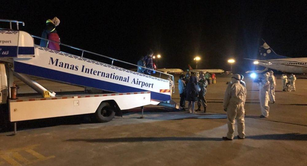 В Международном аэропорту Манас встретили чартерный рейс Оренбург-Бишкек авиакомпании Тез Джет. 20 мая 2020 года