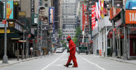 Нью-Йорк шаарынын Таймс-сквериндеги көчө шыпыргыч