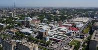 Вид с высоты на рыночный комплекс Орто-Сайский, находящийся в 7-ом микрорайоне Бишкека. Архивное фото