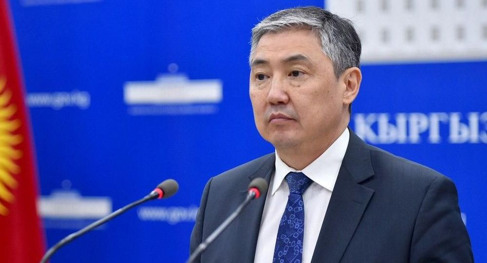 Вице-мэр Бишкека Алмаз Бакетаев во время брифинга мэрии. Архивное фото