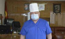 Главный врач республиканской клинической инфекционной больницы Гулжигит Аалиев. Архивное фото