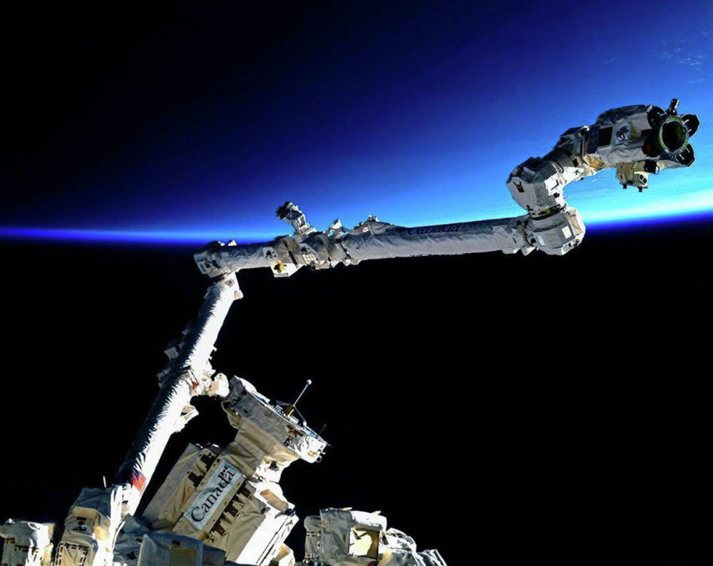 Канадский манипулятор Space Station Robotic Manipulator System (SSRMS)