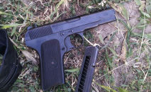 Оружие найденное у задержанного мужчины подозреваемого в ранении брата депутата Джалал-Абадского горкенеша Нурбека Аканова