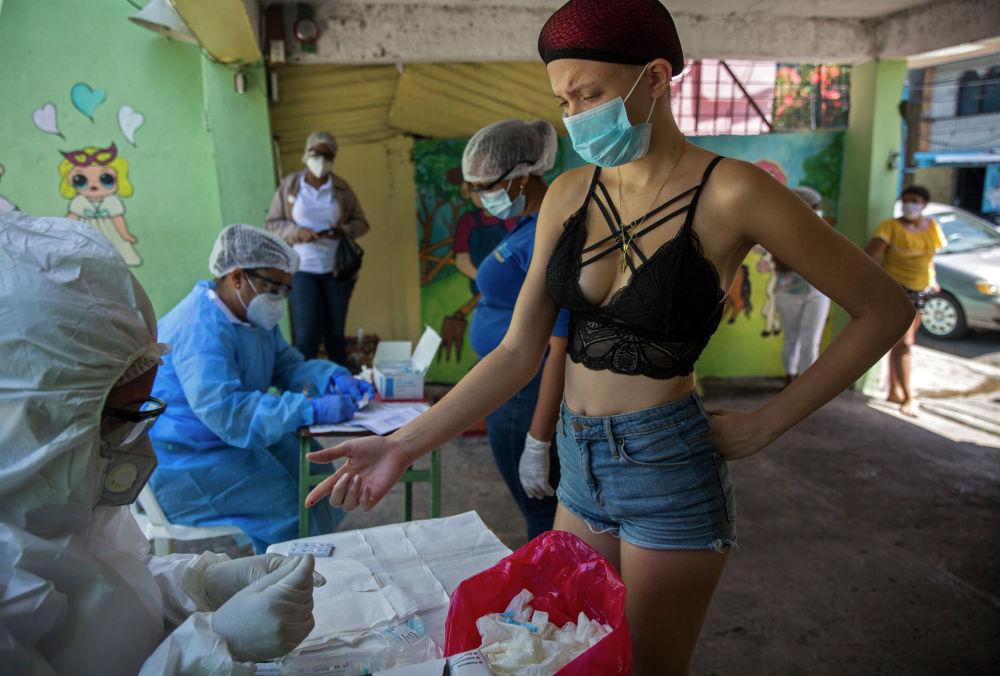 Экспресс-тестирование на COVID-19 в Санто-Доминго. 25 мая 2020 года