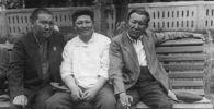 Бульварда эс алган Турусбеков, Сыдыкбеков жана Элебаев