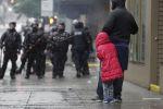Сиэтлдагы Жордж Флойддун өлүмүнө каршы чыккан протестке катышкан кыз. Архивдик сүрөт