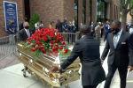 В Миннеаполисе (США) похоронили Джорджа Флойда, из-за гибели которого по западным странам прокатилась волна акций в защиту прав темнокожих.