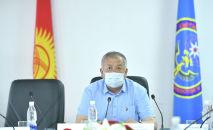 Исполняющий обязанности Премьер-министра Кыргызской Республики, первый вице-премьер-министр Кубатбек Боронов на заседании Республиканского оперативного штаба. 07 июня 2020 года
