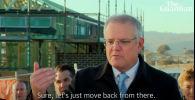 Житель Австралии прогнал со своего участка премьер-министра Скотта Моррисона, который устроил там пресс-конференцию.