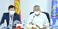 Биринчи вице-премьер Кубатбек Боронов Республикалык ыкчам штабдын жыйынында