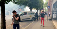 АКШдагы Жорж Флойддун өлүмүнөн кийинки толкундоо Европага да жеткен. Франциянын Лилль шаарында полиция расизмге каршы чыккан элди көздөн жаш агызган газ чачып, кубалап таратты.