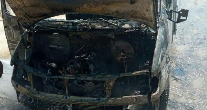 Грузовик Mercedes-Benz загорелся на перевале Топурак-Бел в Сузакском районе Джалал-Абада. 18 июня 2020 год