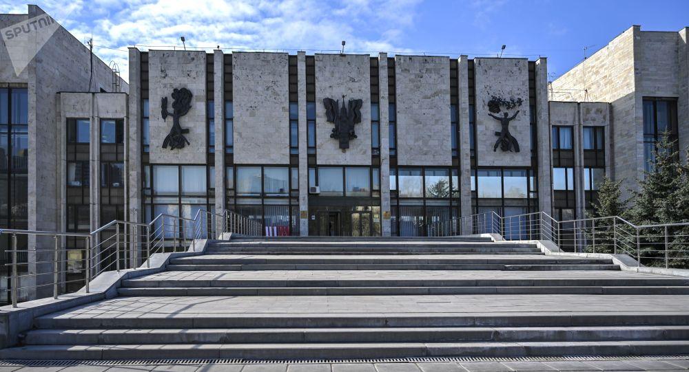 Здание Московского государственного института международных отношений Министерства иностранных дел Российской Федерации (МГИМО) в Москве. Архивное фото