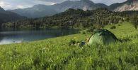 Путешествие по стране кыргызстанок Жанаркуль Доктурбековой и Бермет Бутешевой. Палатка в ореховых лесах Арсланбоба