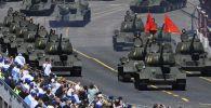 Т-34-85 танктары Москвадагы юбилейлик жеңиш парадында