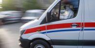 Автомобиль службы скорой помощи. Архивное фото