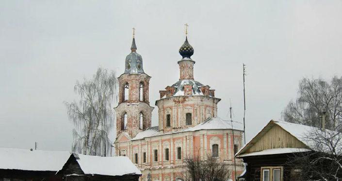 Церковь Воскресения зимой