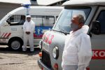 Водитель автомобиля скорой медицинской помощи на станции в городе Ош. Архивное фото