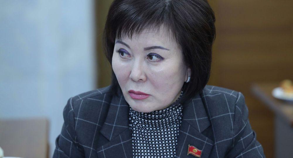 Депутат Гульшат Асылбаева