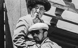 Народный артист СССР Муратбек Рыскулов и кинорежиссер, сценарист Тологон Сыдыков на съемках фильма Улица в Ошской области. 1972-год