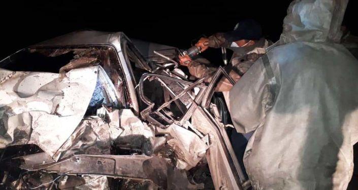 Последствия ДТП на трассе Балыкчы — Бөкөнбаев — Каракол