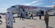 В Международный аэропорт Манас сегодня, 4 июля, прибыл чартерный рейс из Стамбула, на котором было 237 кыргызстанцев