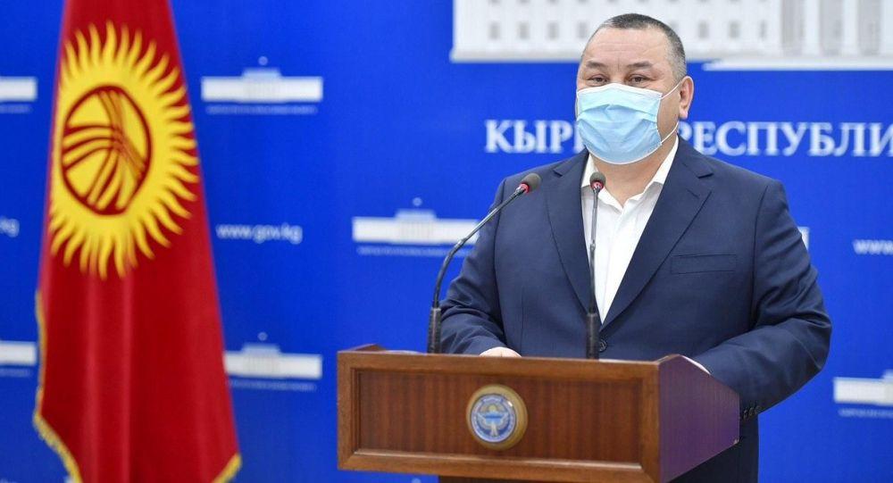 Бишкек мэриясынын аппарат жетекчиси Балбак Түлөбаев брифинг учурунда