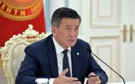Президент Кыргызской Республики Сооронбай Жээнбеков провел онлайн совещание с мэром города Бишкек Азизом Суракматовым. 7 июля 2020 года