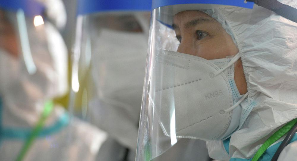 Медик одного из дневных стационаров в Бишкеке