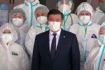 Бүгүн президент Сооронбай Жээнбеков Бишкектеги күндүзгү стационарга барып, ал жерде иштеп жаткан медициналык кызматкерлер менен жолукту. Алардын учурдагы эмгегин белгилеп, ыраазычылыгын билдирди.
